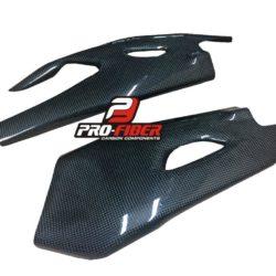 Carbon_fiber_Yamaha_R1_swingarm_protectors_